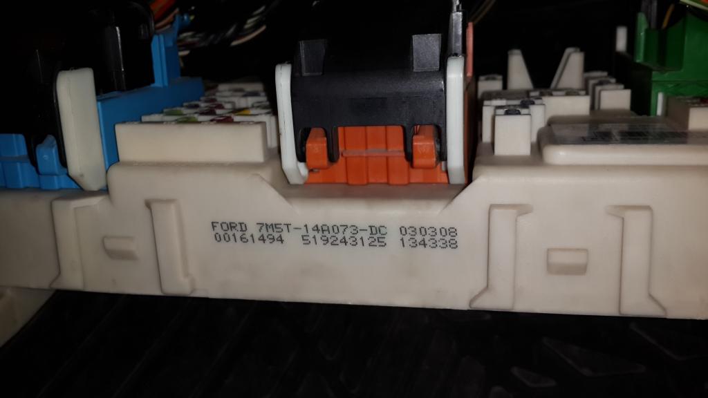 Gem Car Fuse Box : Focus gem fuse box front headlight always on ford