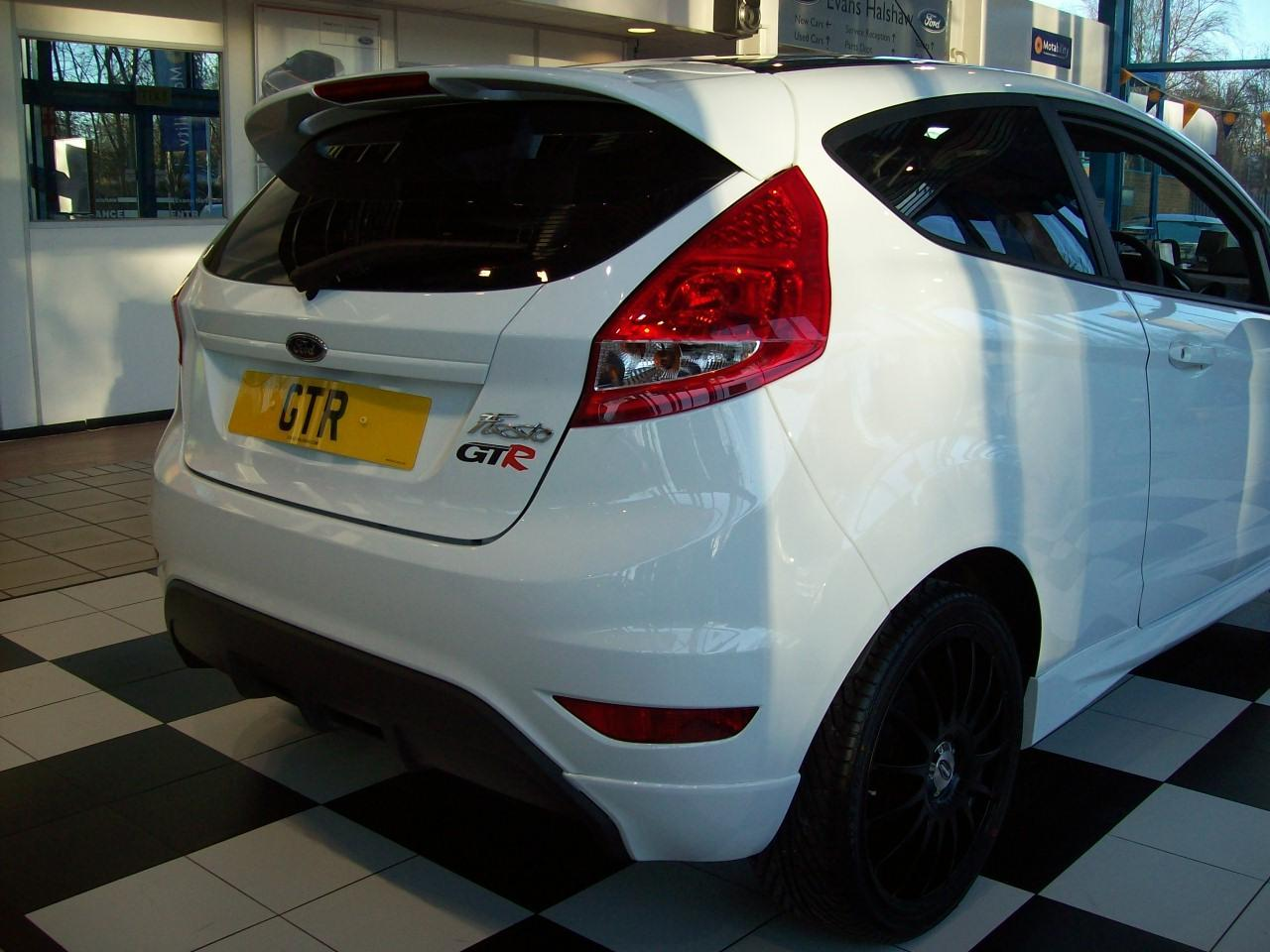 limited edition fiesta gtr!!!!! only 150 available