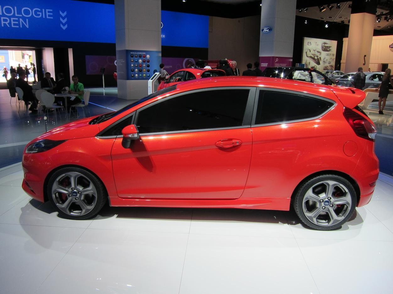 Ford Fiesta ST profile