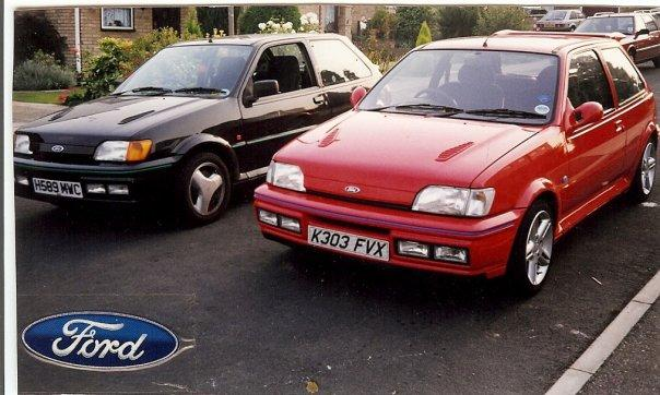 A friends RS and My XR2I 1800 16V - My First Fiesta