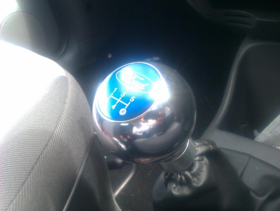 My new Richbrook Ford racing Gear knob