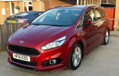 New Ford S-Max.jpg