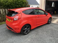 Fiesta ST MP215 with ClimAir Wind Deflectors