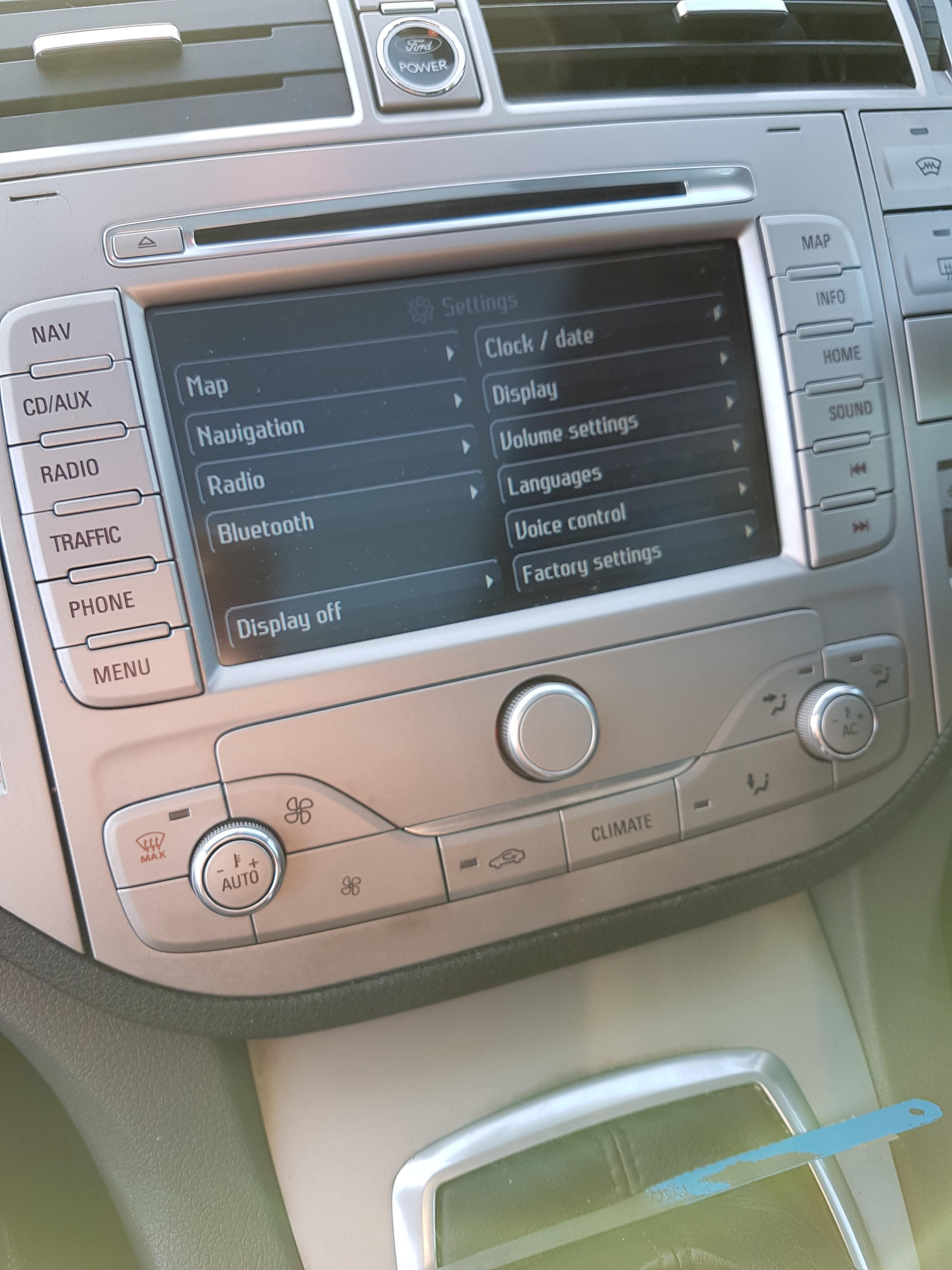 ford kuga headunit removal ford kuga club ford owners. Black Bedroom Furniture Sets. Home Design Ideas